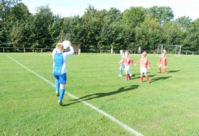 - De eerste helft had Workum JO9-1 de wedstrijd onder controle.