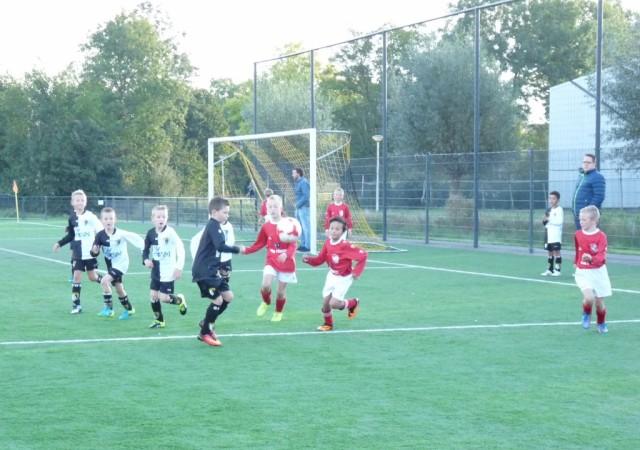 Onze topscorers Marco (links) en Max (rechts) in de aanval.